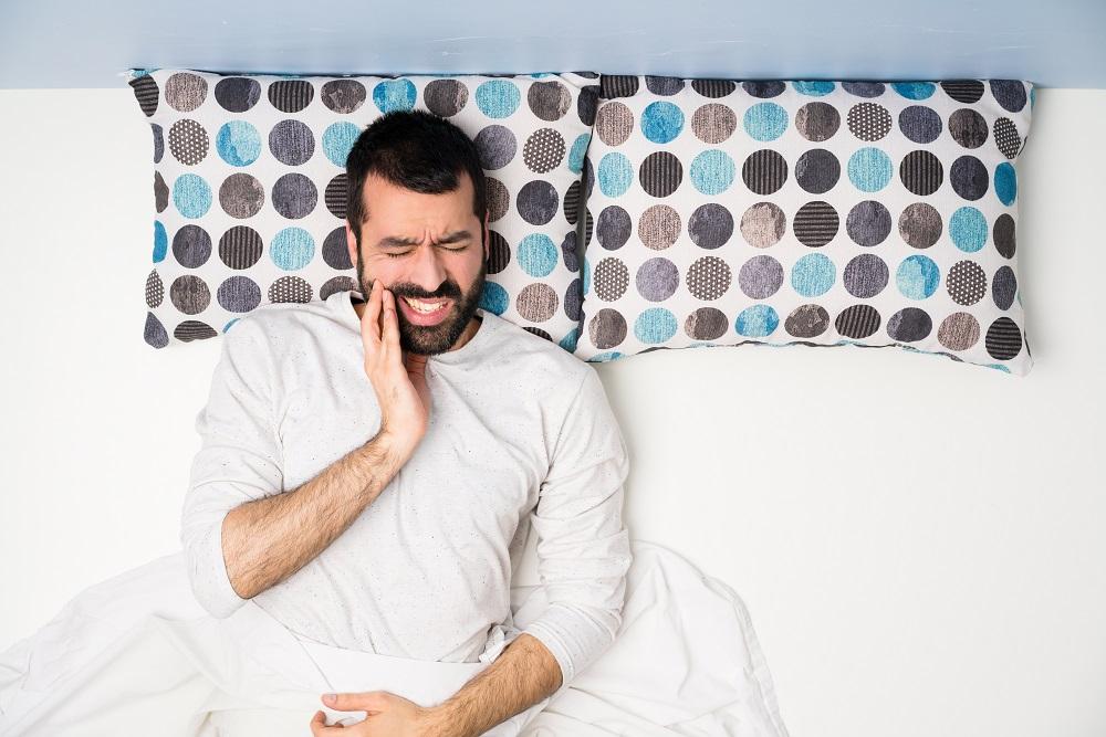 Uyurken Dişlerinize Zarar Veriyor Olabilir misiniz?